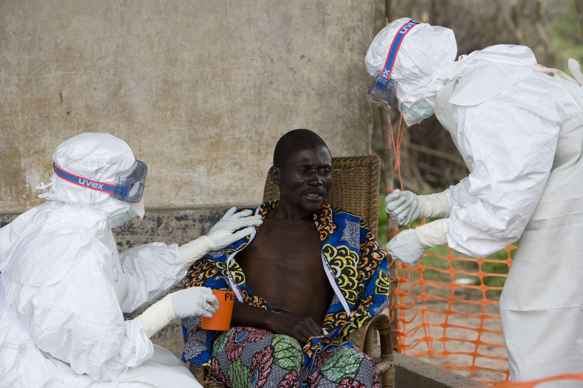 Riscul de Ebola
